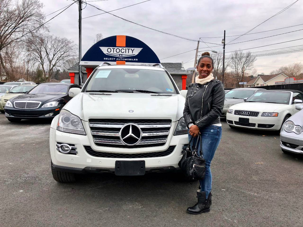 """Just got my Mercedes Benz Gl550 and I love it."""