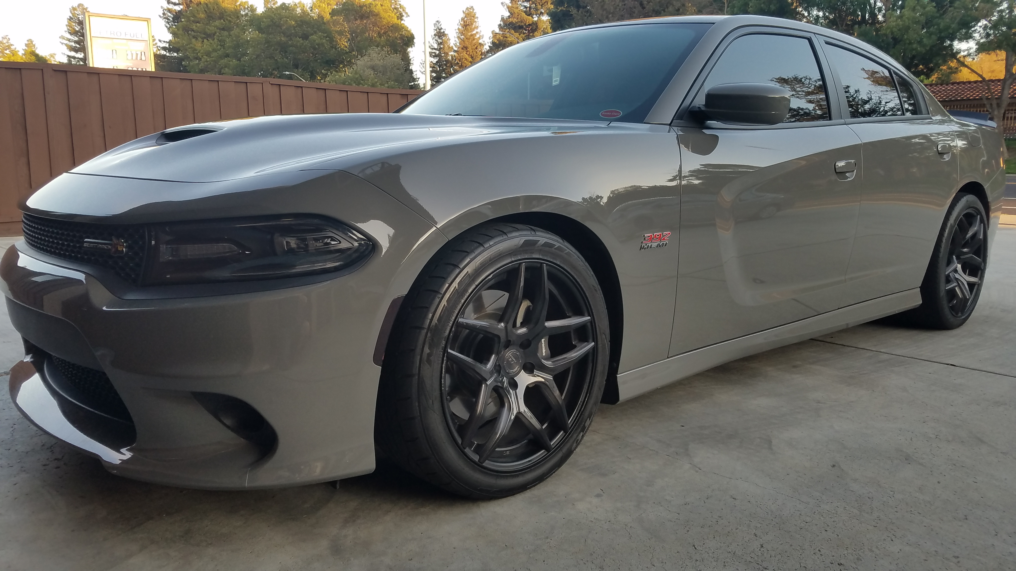 2018 Dodge Charger R/T Scat Pack - Angular Front View
