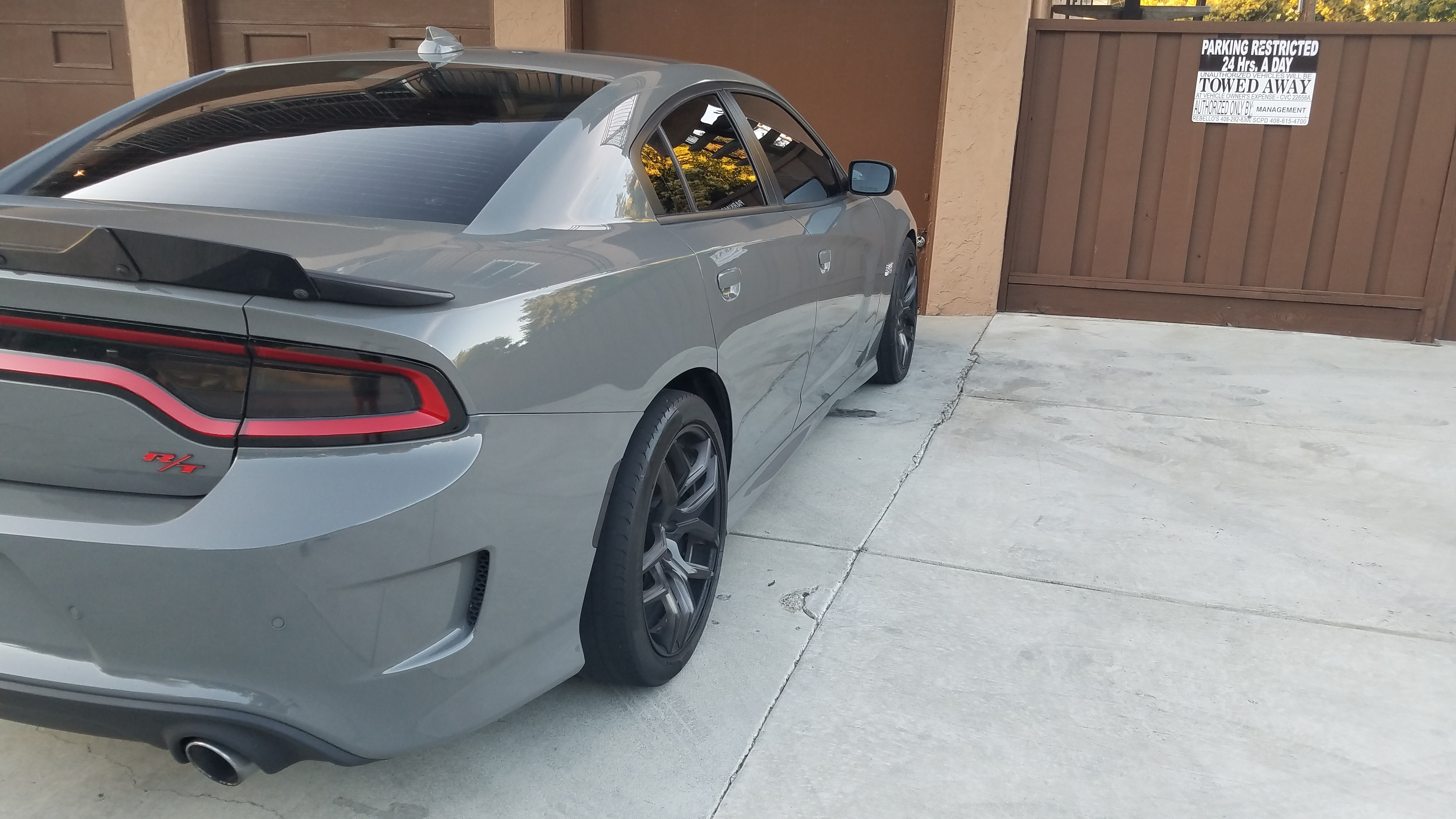2018 Dodge Charger R/T Scat Pack - Angular Rear View