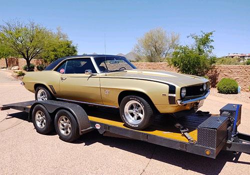 gold-color-car